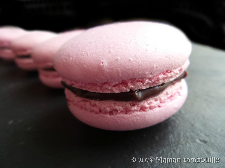 Macarons ganache chocolat/framboise