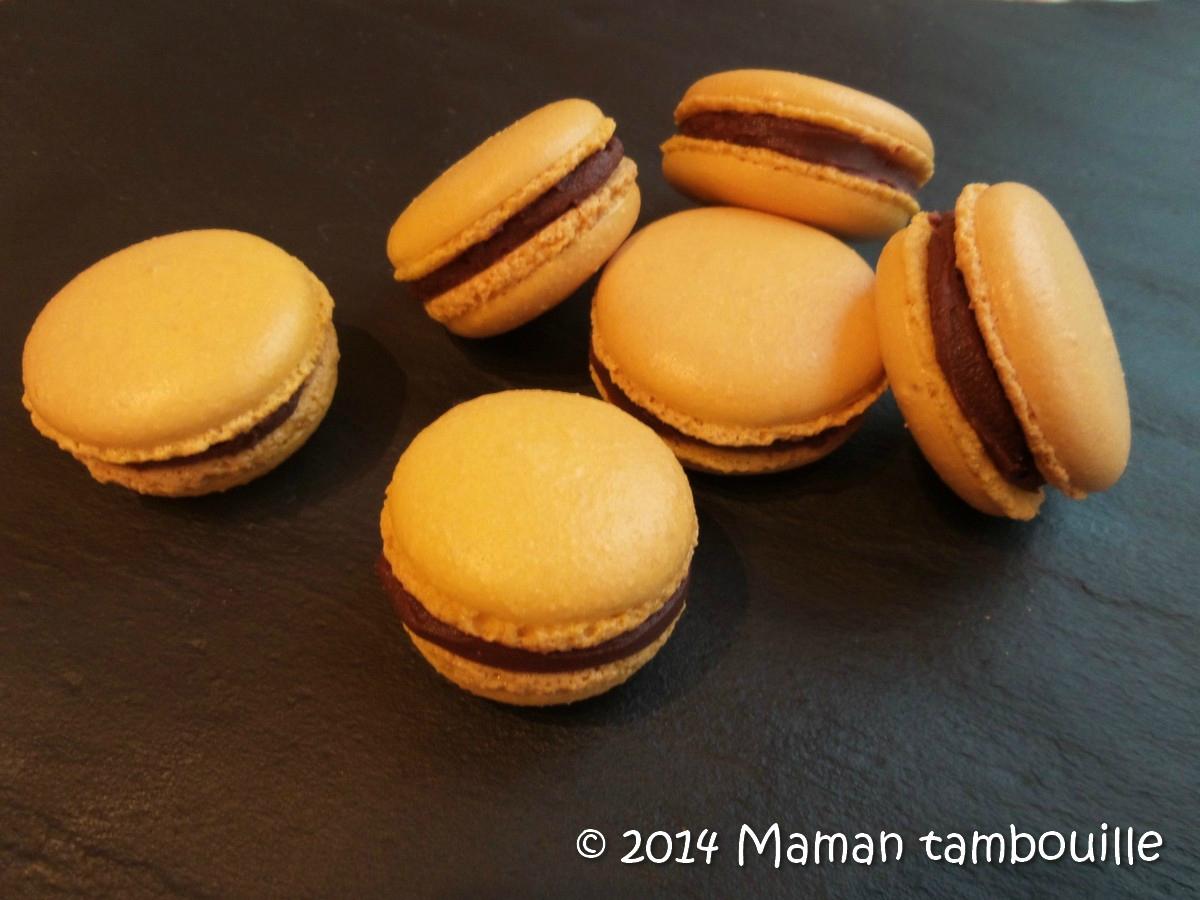 Macarons chocolat au lait/fruits de la passion