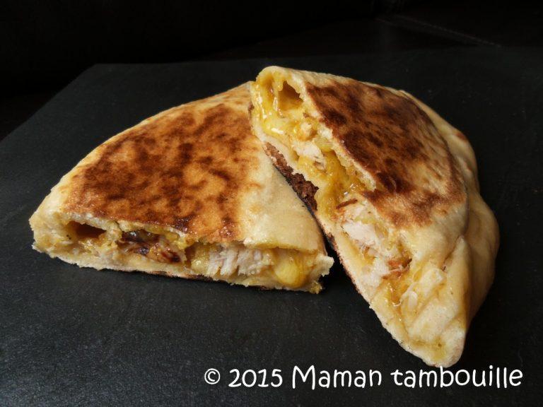 Read more about the article Naan au poulet cheddar, beurre de cacahuètes et curry