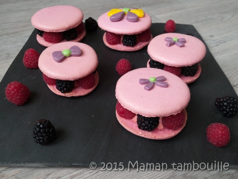 Read more about the article Macarons framboises et mûres