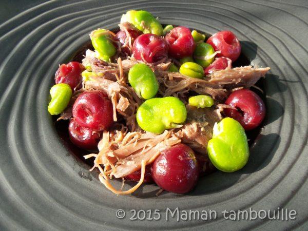 Canard confit aux fèves et aux cerises