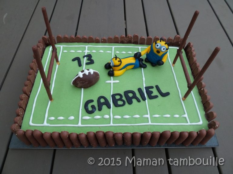 Read more about the article Gâteau rugby des minions
