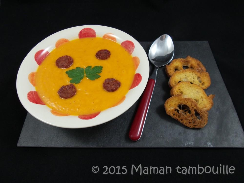 Velouté de tomates et carottes au chorizo