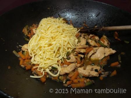 wok nouilles sautees poulet11