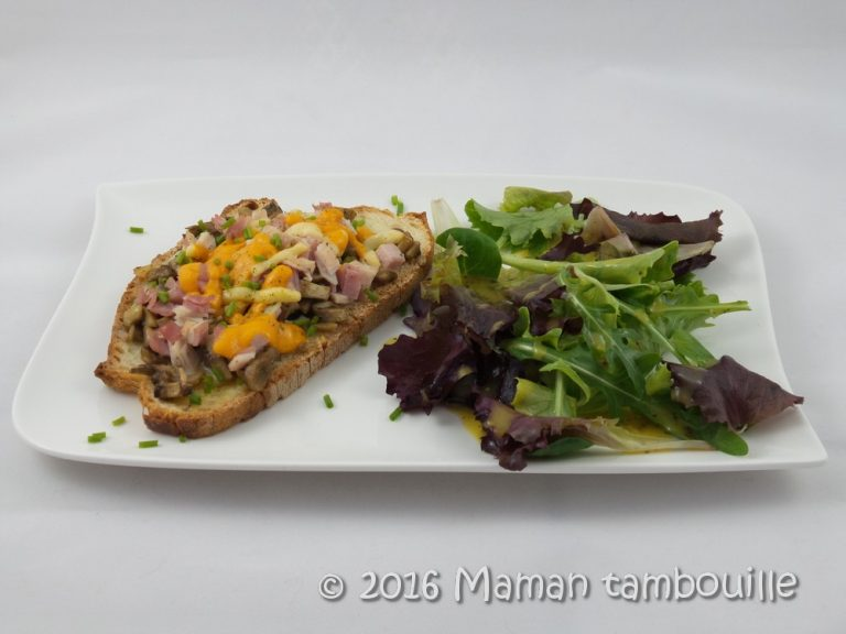 Read more about the article Tartines aux trois fromages