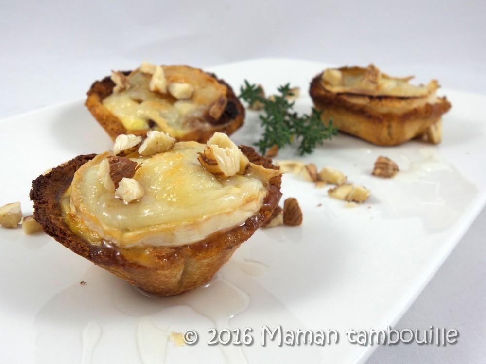 Tartelettes au chèvre, bacon et abricots