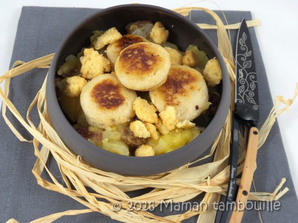 Boudin blanc aux pommes et crumble de noisette