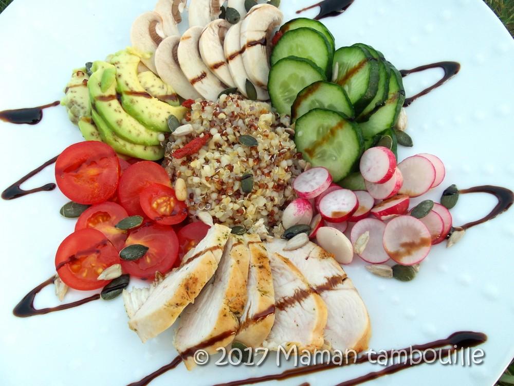 Salade au quinoa et poulet grillé