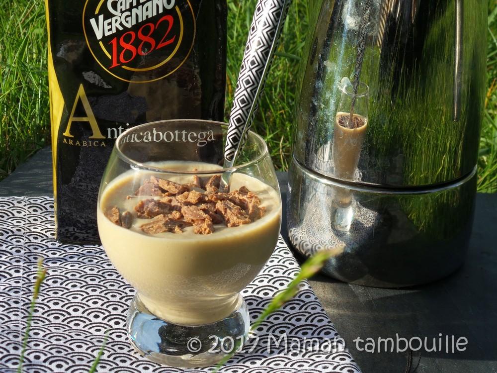 Crème au café, éclats de feuillantine