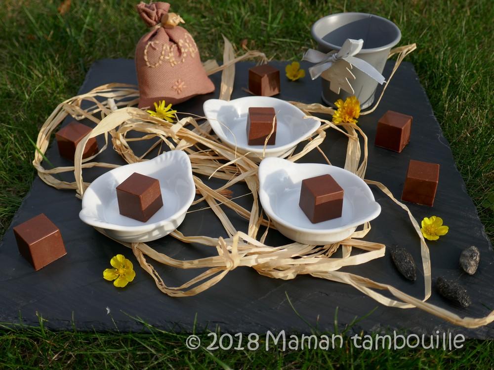 Cubes de chocolat fourrés