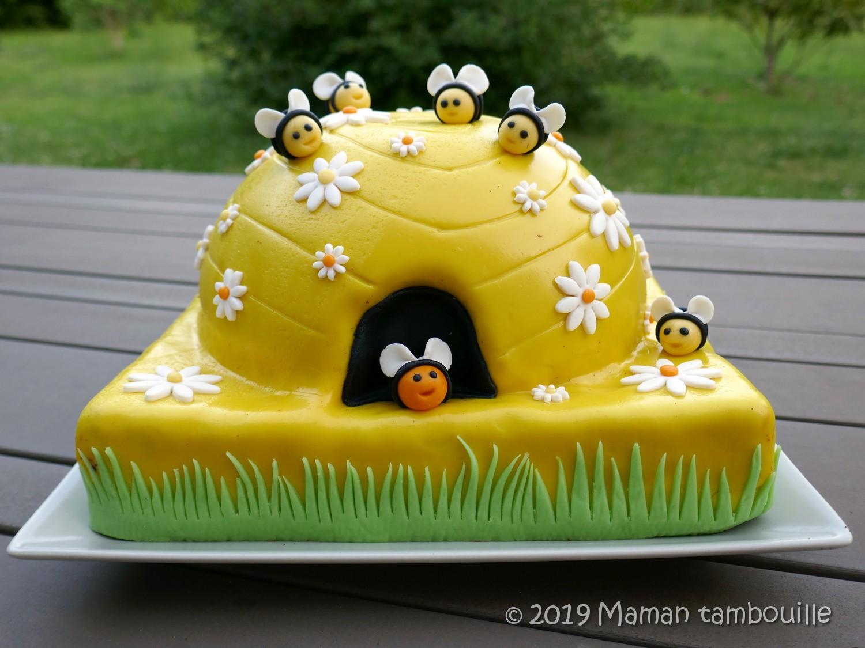 Gâteau ruche et ses abeilles