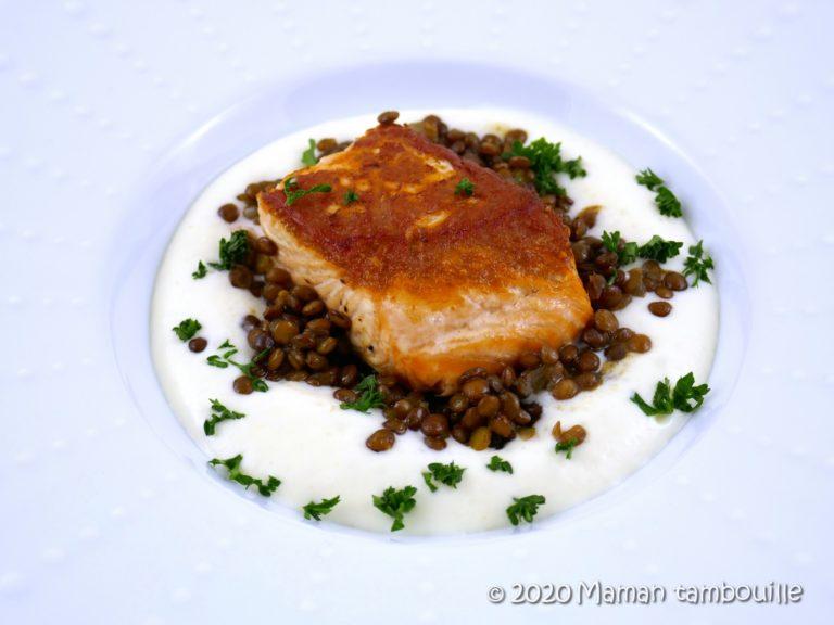 Read more about the article Saumon grillé et risotto de lentilles sur un nuage de céleri
