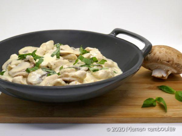 Poulet sauce crémeuse ail et parmesan