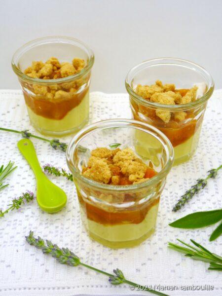 Crème timut, abricots au miel, streusel